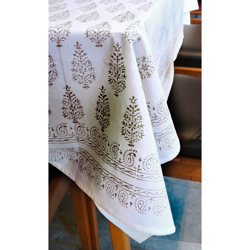 Persley Pattern Tablecloth Black