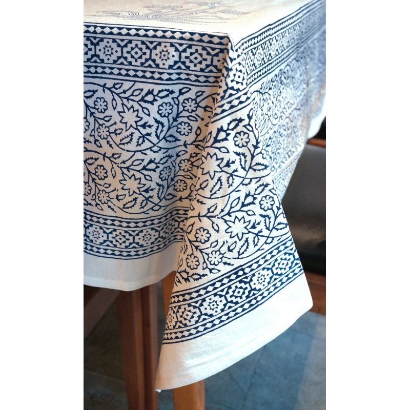 Black Floral Pattern Tablecloth Square